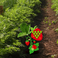 Free online flash games - Strawberry Farm Fairy Escape