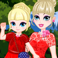 Free online flash games - Elsa and Daughter Matching Dress game - WowEscape